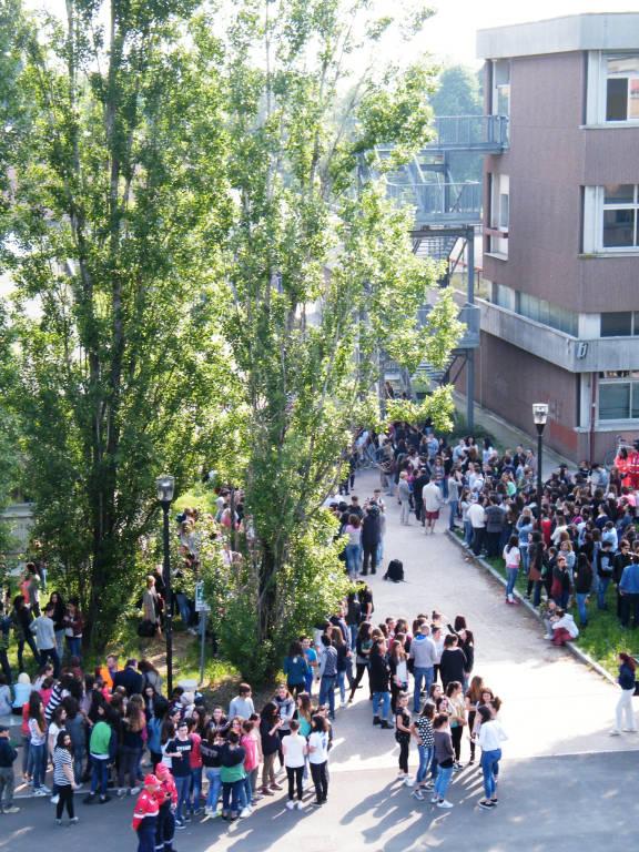 Evacuazione polo scolastico