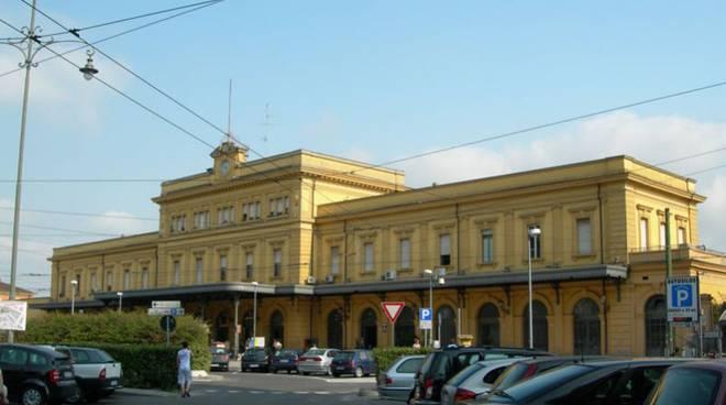 stazione modena