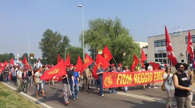 Metalmeccanici: corteo a Cornigliano e quattro ore di sciopero