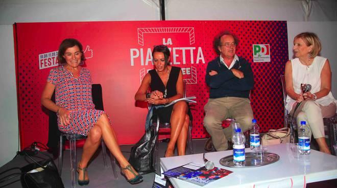 L'incontro fra Vanna Iori, Elisabetta Gualmini e Raffaella Curioni