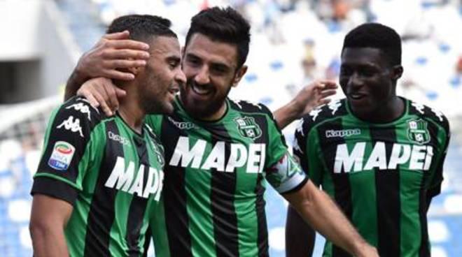 Il Sassuolo non sbaglia, tris Cagliari con Borriello