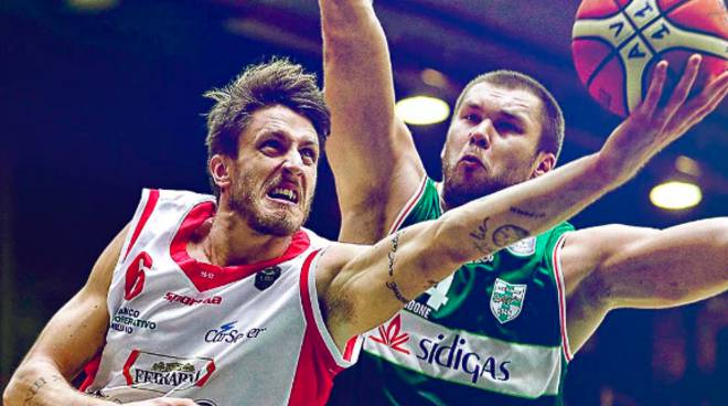 Basket-Playoff Scudetto: Avellino travolgente in Gara-1, Reggio Emilia travolta 82-64