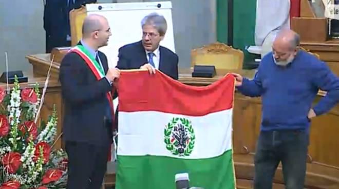 Tricolore: Gentiloni a R. Emilia, Italia si è rimessa in moto