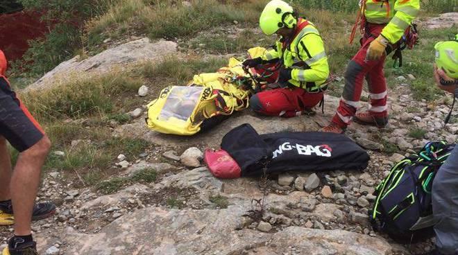 Le operazioni del soccorso alpino al Cerreto