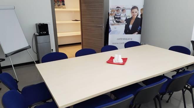 Ufficio Elettorale Bologna : A bologna la campagna elettorale finisce in tribunale sky tg