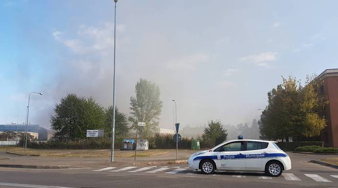 Incendio via Monti Urali