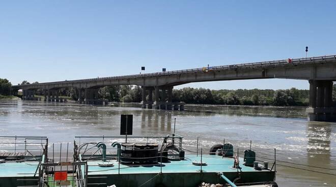 Ponte sul Po a Boretto