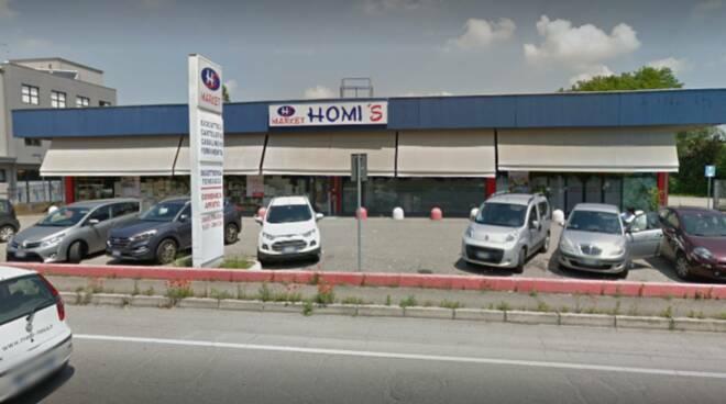 Homi's