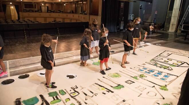 bambini a teatro